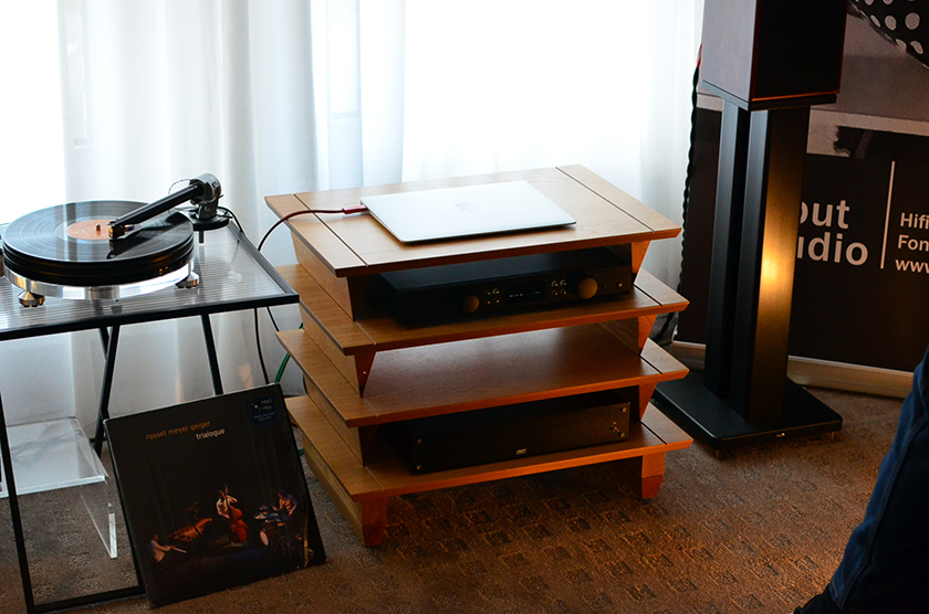 Harbeth P3ESR monitors driven by Creek Evolution 100A integrated amplifier, Starter turntable with The Wand tonearm and Croft phono stage.