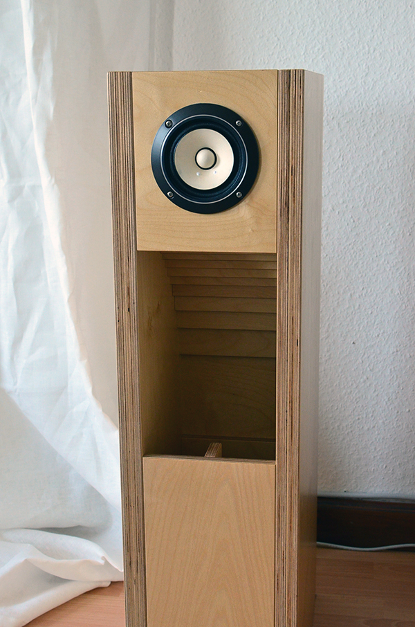 Fostex FE108-Sol Full Range Speaker in BK108 enclosure