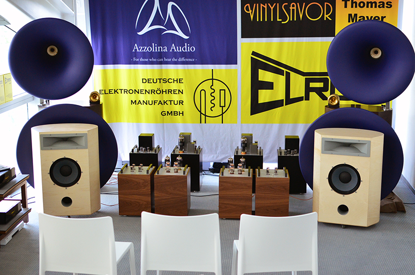 Thomas Mayer's room with Sfera horns and Hadron speakers from Azzolina Audio and two sets of amplifiers - 300B push-pull and the 211 single-ended mono amplifiers.