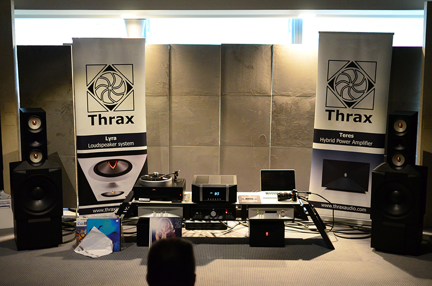 Deep bass and nice athmosphere in the room of Bulgarian manufacturer Thrax Audio.