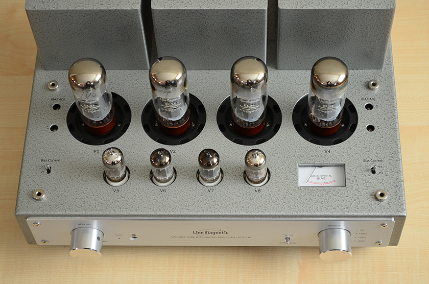 Line Magnetic LM-211IA integrated tube amplifier top view