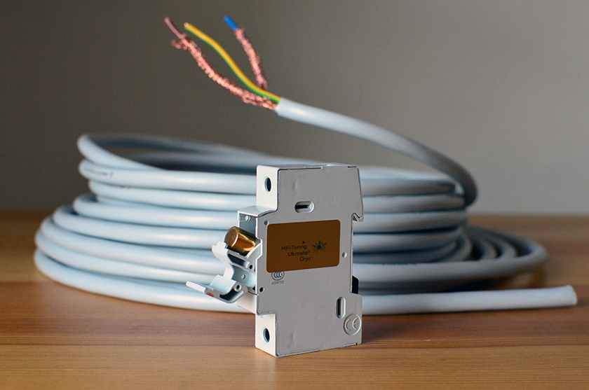 Ultimate Solidcore shielded power cord and Ultimate Pure Silver power distribution fuse from HiFi Tuning
