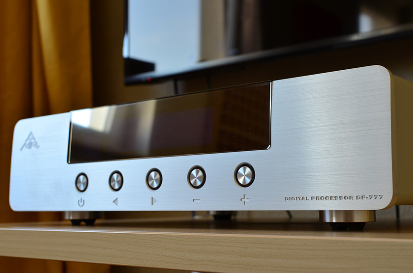Abbingdon Music Research DP-777 D/A converter
